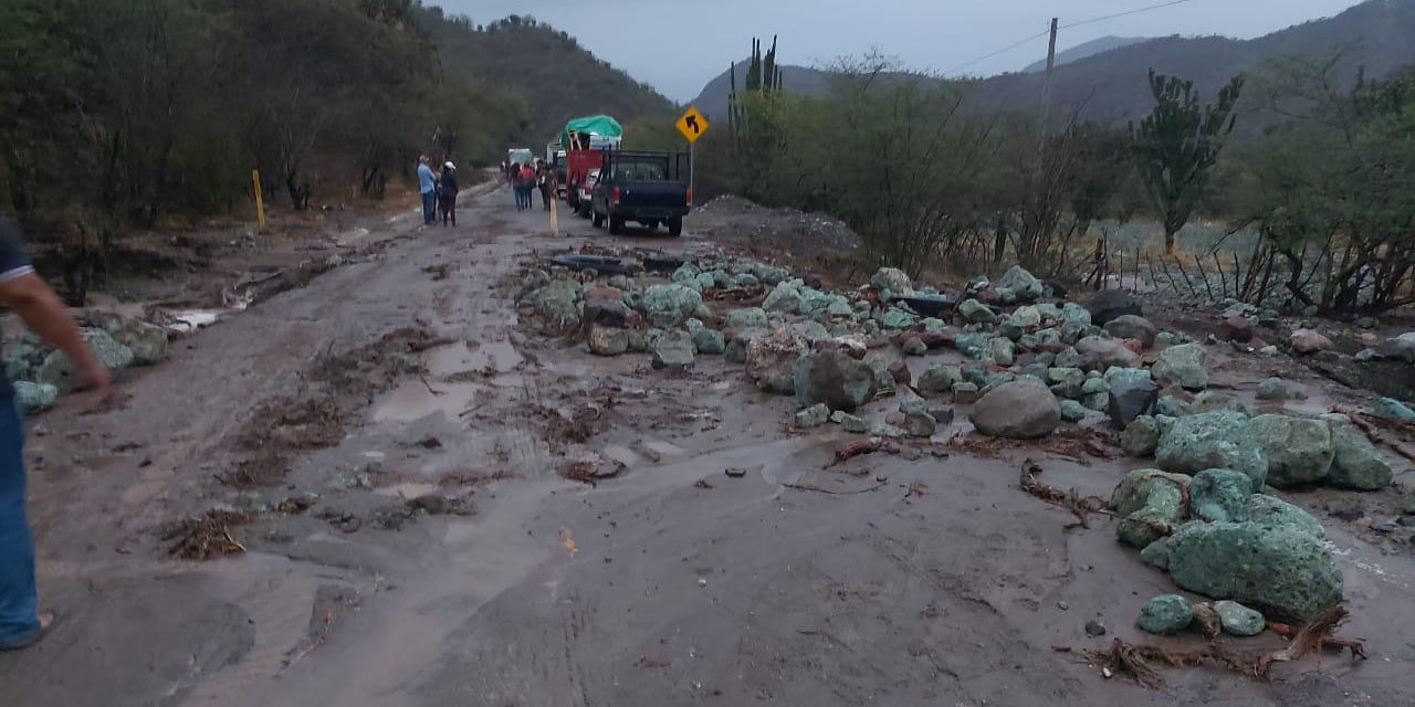 Lluvias fracturan la carretera 190 en San Pedro Totolapan   El Imparcial de Oaxaca