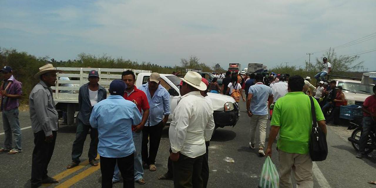 Suman más de 300 cierres carreteros   El Imparcial de Oaxaca
