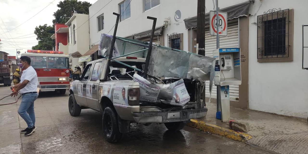 Estalla vehículo con pirotecnia en Santa Cruz Amilpas | El Imparcial de Oaxaca