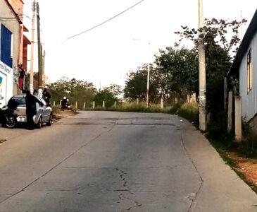 Motociclista muere tras derrapar en la Colonia Manuel Sabino Crespo