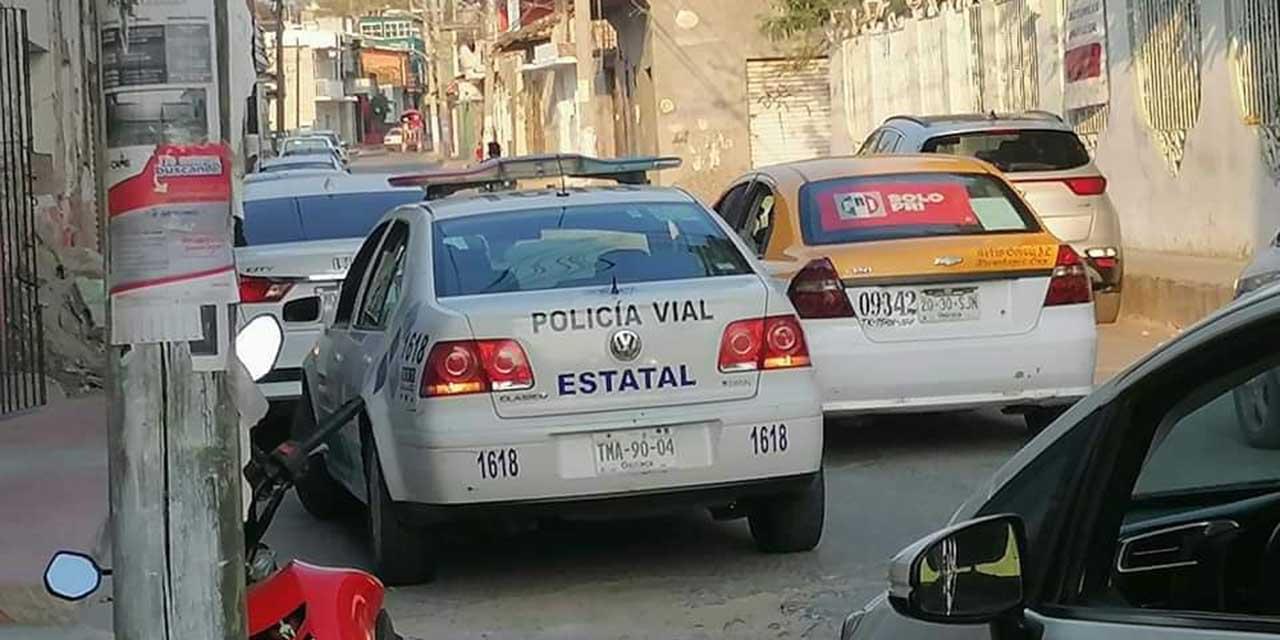 Denuncian a policías viales por hostigar a automovilistas en Tehuantepec | El Imparcial de Oaxaca