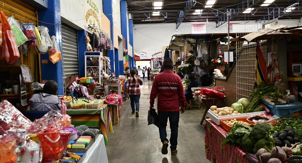 Mercado Víctor Bravo Ahuja sobrevive ante la crisis   El Imparcial de Oaxaca