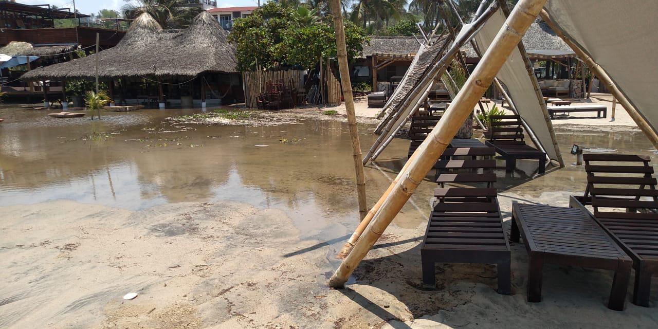 Mar de Fondo afecta restaurantes en Zicatela | El Imparcial de Oaxaca