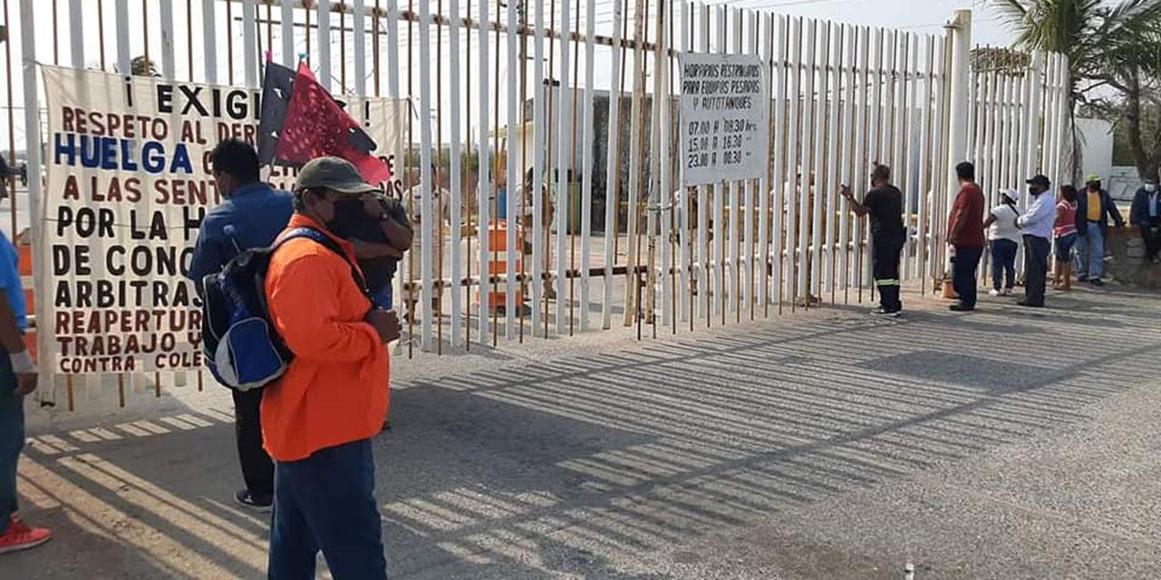 Cumple una semana el bloqueo en Refinaría del Istmo | El Imparcial de Oaxaca