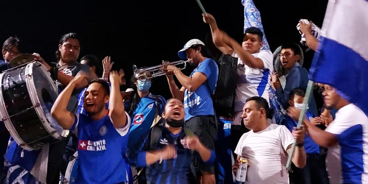 La celebración del Cruz Azul por la novena se siente en Oaxaca | El Imparcial de Oaxaca