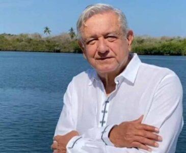 López Obrador reitera que en México no se maltrata a los maestros