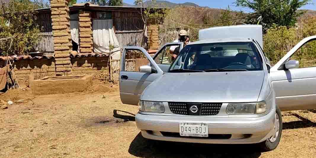 Le hurtan auto  a un empleado en Plaza Oaxaca   El Imparcial de Oaxaca