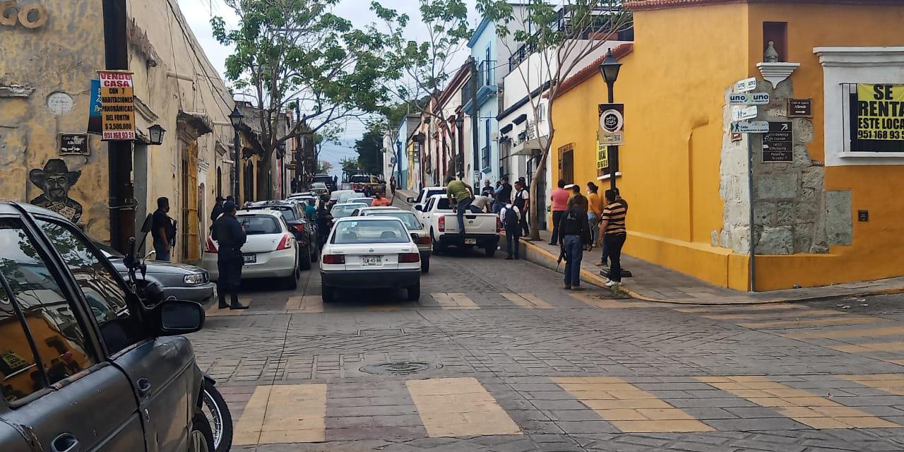 Lo hallan muerto sobre la carretera Oaxaca-Puerto Ángel   El Imparcial de Oaxaca