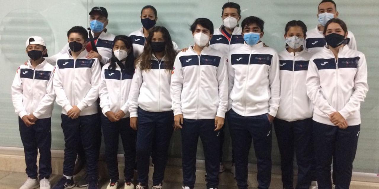 Tenistas oaxaqueños listos para la batalla | El Imparcial de Oaxaca