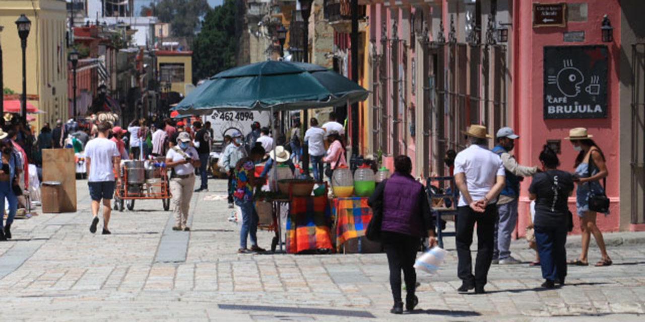"""""""Brotan"""" nuevos puestos informales en el Andador Turístico   El Imparcial de Oaxaca"""