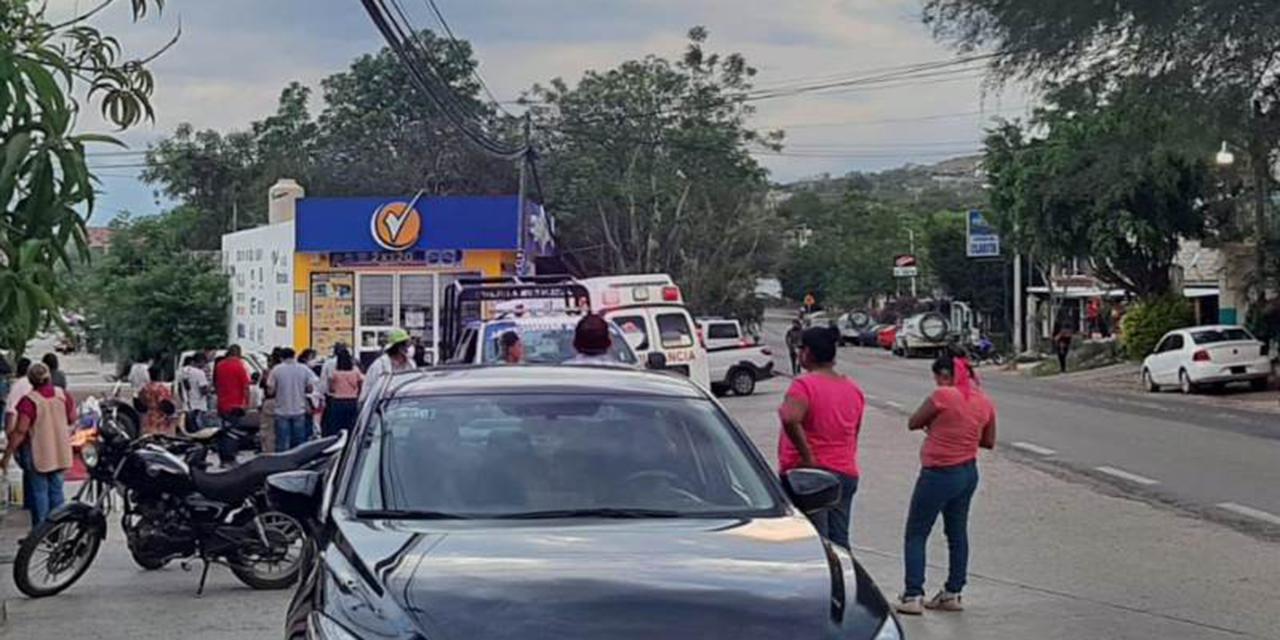 Derrapa con su motocicleta en Huajuapan y queda debajo de vehículo   El Imparcial de Oaxaca