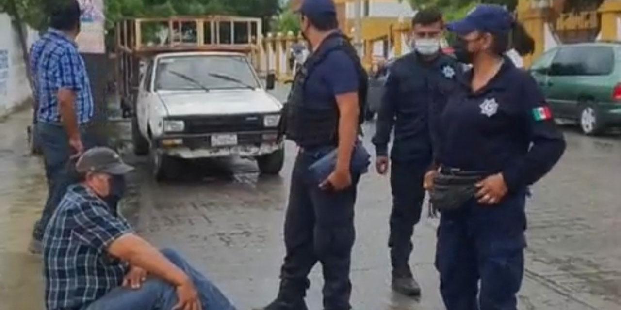 Taxista de Ixtepec provoca choque y deja un lesionado | El Imparcial de Oaxaca