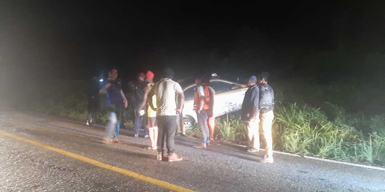 Taxi de Pinotepa sufre un aparatoso choque en carretera   El Imparcial de Oaxaca