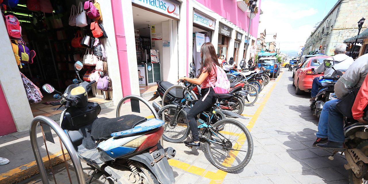 Motociclistas, los beneficiados con bici estacionamientos   El Imparcial de Oaxaca