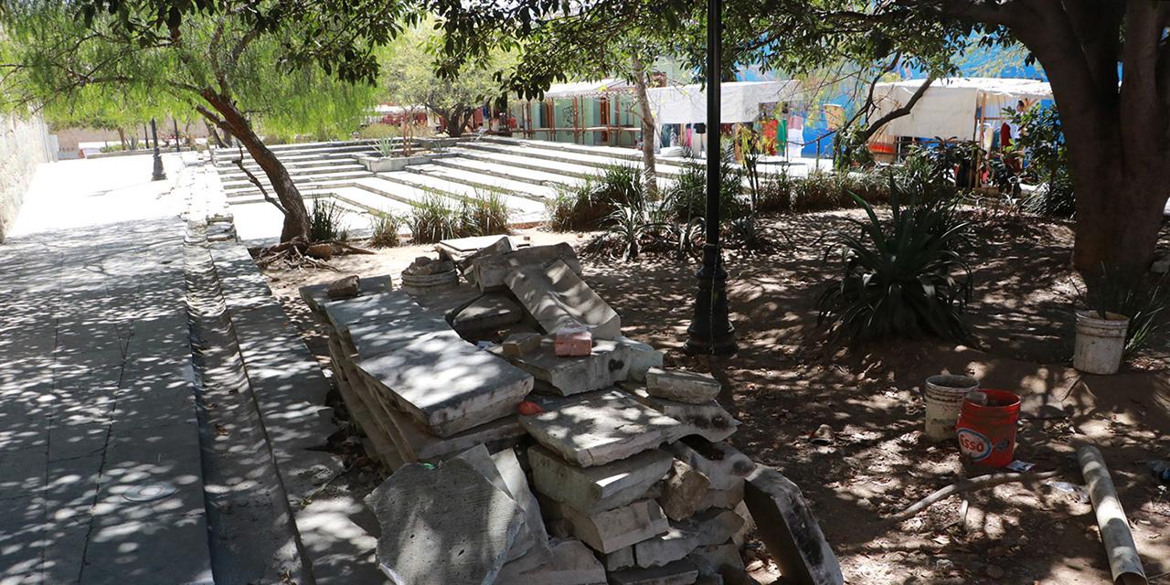 Depredación y deterioro en plaza del Carmen Alto | El Imparcial de Oaxaca