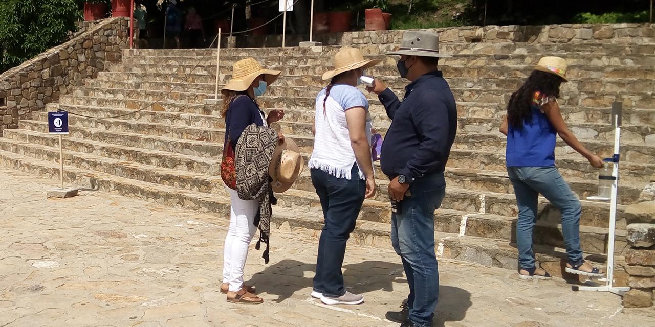 Visitantes de Monte Albán relajan medidas sanitarias   El Imparcial de Oaxaca