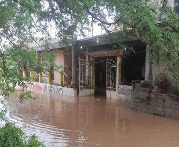 Video: Se desborda Río Los Perros en Juchitán
