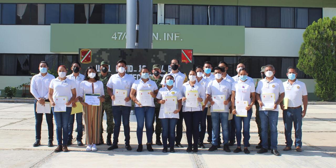 Reconocen médicos de hospital Covid de Pinotepa   El Imparcial de Oaxaca