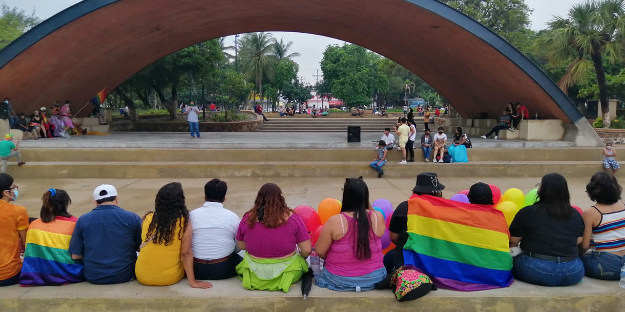 Exigen alto a la violencia en contra de la comunidad LGBT+ | El Imparcial de Oaxaca
