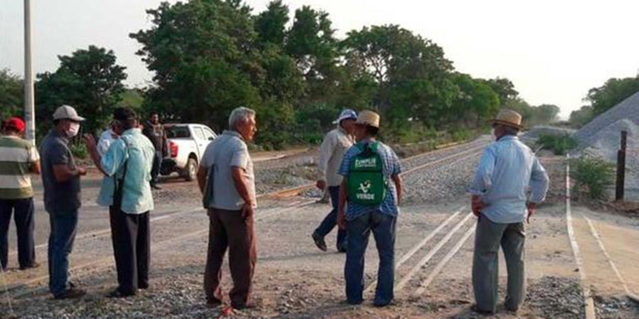 Impiden trabajos en las vías férreas de San Pedro Comitancillo | El Imparcial de Oaxaca