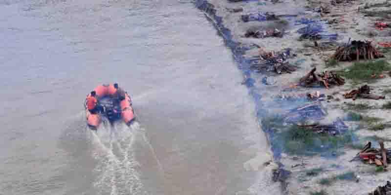 Pone crecida del Ganges al descubierto cadáveres | El Imparcial de Oaxaca