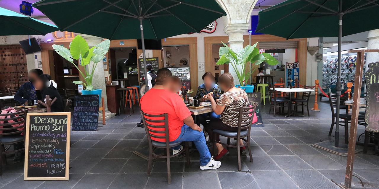 """Semáforo verde permite a restaurantes """"asomar la cara""""   El Imparcial de Oaxaca"""