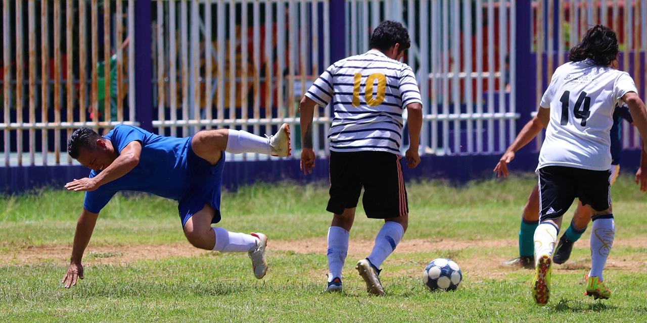 Volvió el futbol a las canchas de Ixcotel   El Imparcial de Oaxaca