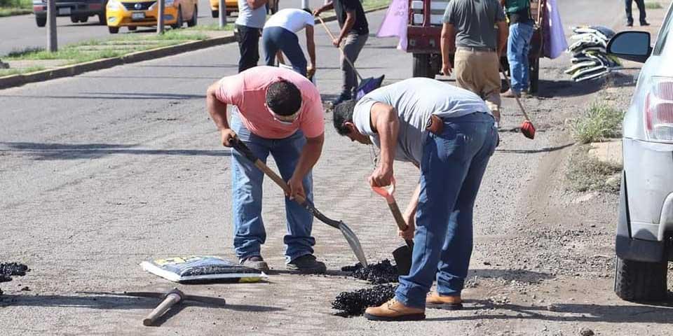 Tras polémica, bachean calles de Salina Cruz | El Imparcial de Oaxaca