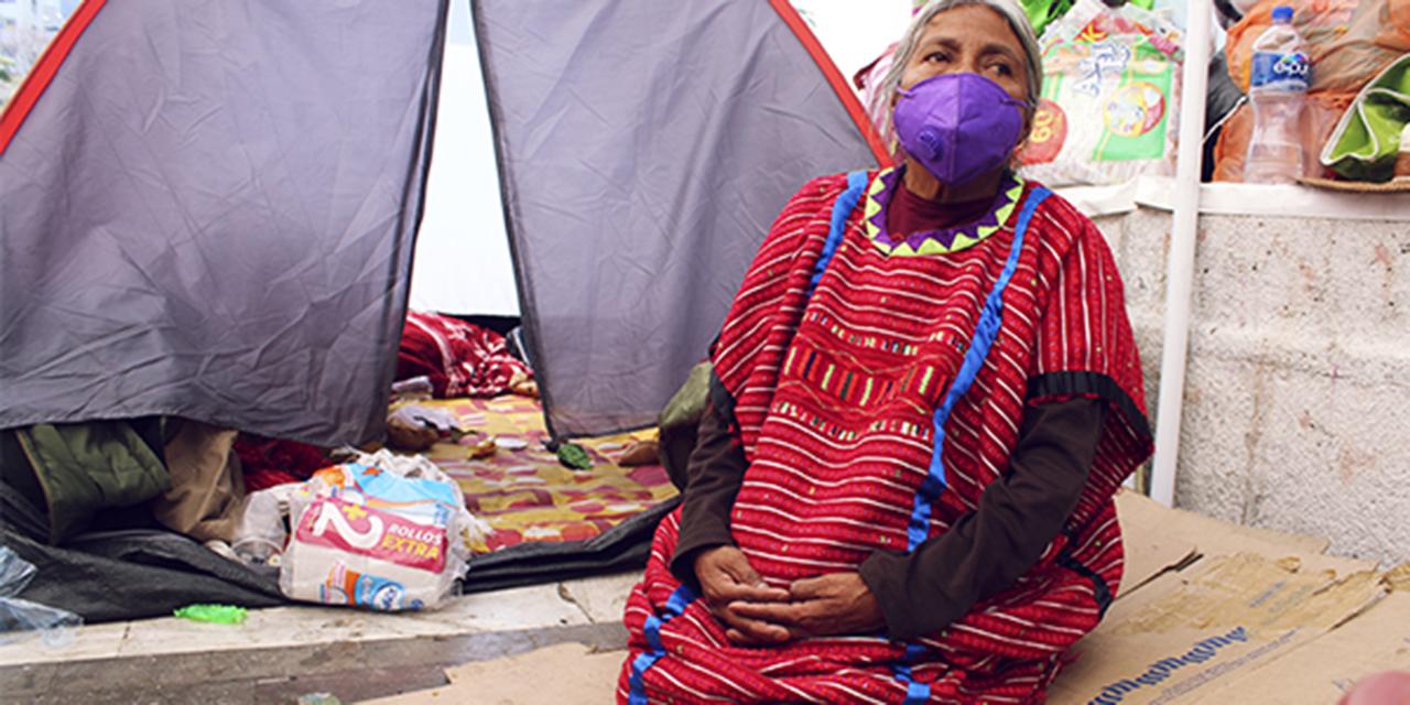 Gobiernos Federal y Estatal se  reúnen con desplazados triquis   El Imparcial de Oaxaca