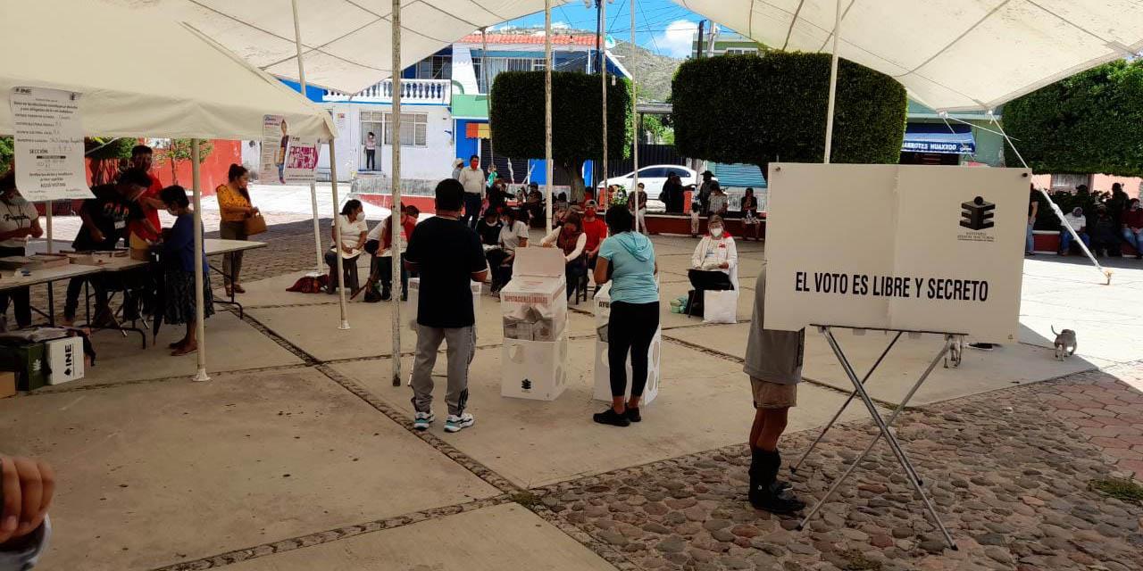 Tensa, pero sin incidentes, jornada en Santiago Huajolotitlán   El Imparcial de Oaxaca
