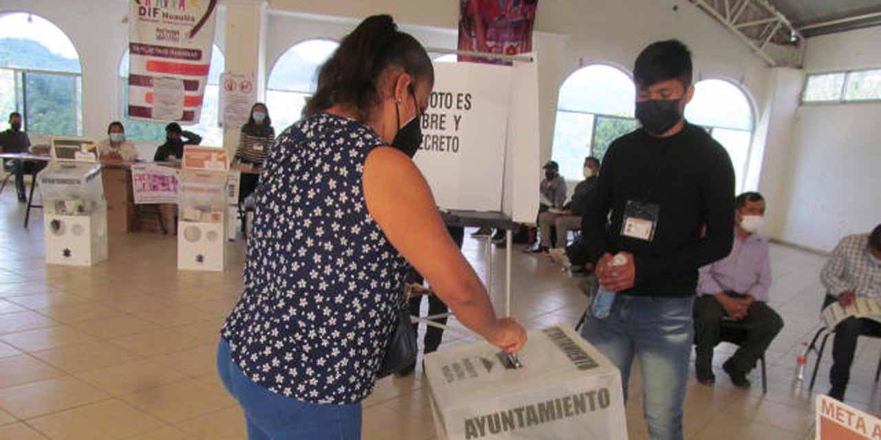 Se instalaron 42 casillas en el municipio de Huautla de Jiménez.   El Imparcial de Oaxaca