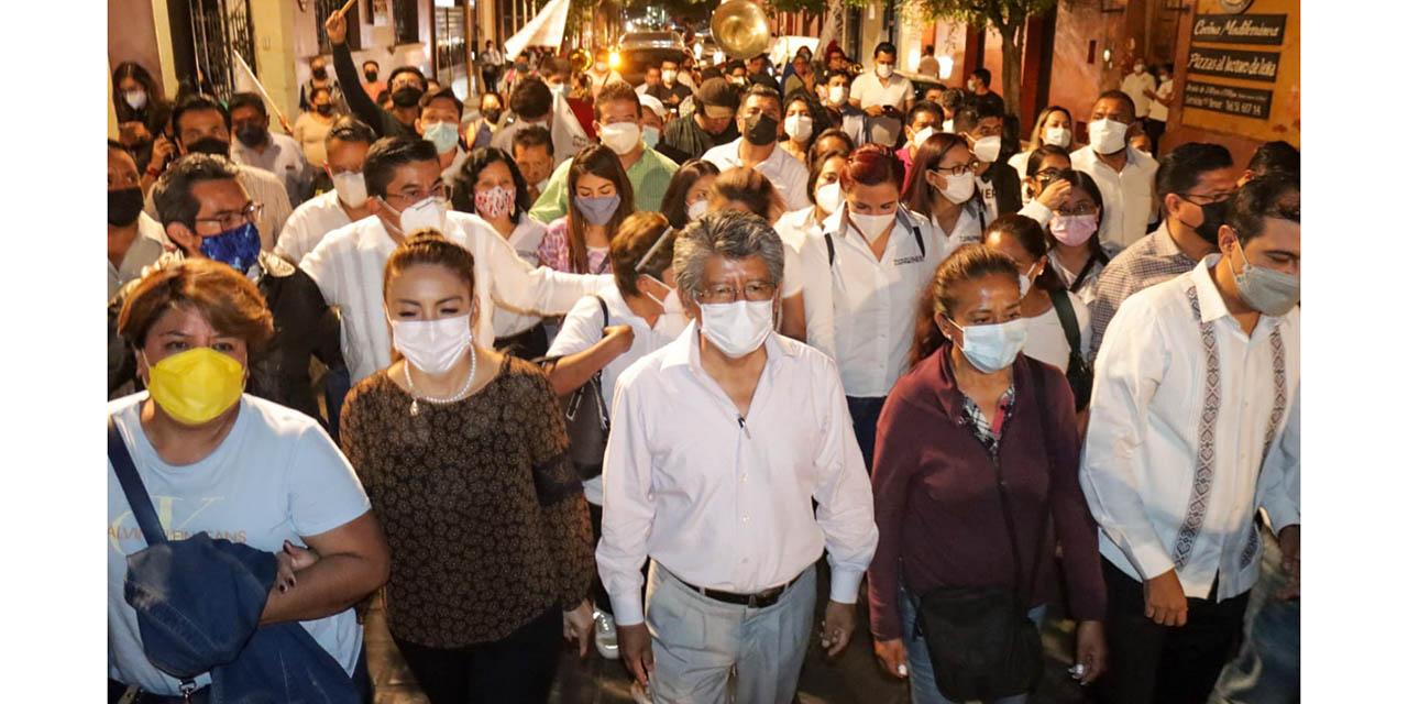 Se consolida triunfo de Francisco Martínez Neri de manera arrasadora en la capital | El Imparcial de Oaxaca
