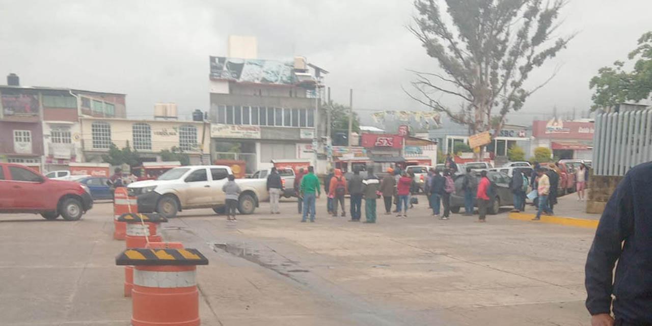 Bloqueo en Ciudad Judicial por pobladores de Atatlahuca; exigen intervención judicial por ataques | El Imparcial de Oaxaca