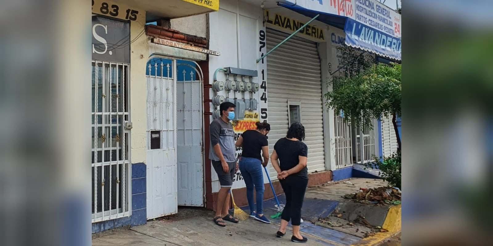 Se inundan varios  comercios tras una   tormenta eléctrica   El Imparcial de Oaxaca