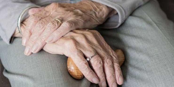 Medicinas, alimentos, colchones entre otras cosas es lo que compran abuelitos con pensión   El Imparcial de Oaxaca