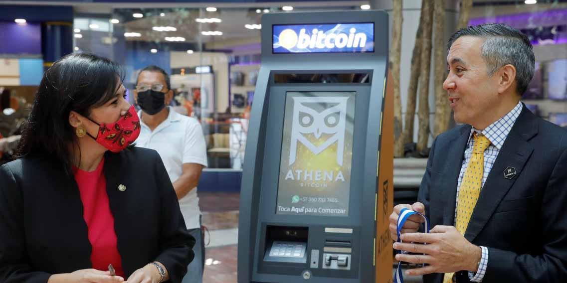 Comienzan a instalar cajeros automáticos de Bitcoin en El Salvador | El Imparcial de Oaxaca