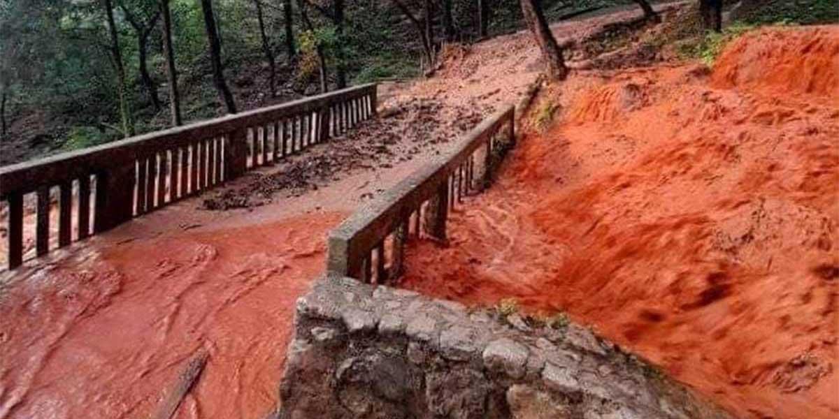 Arroyos y cascadas se tiñen de color naranja en Nuevo León | El Imparcial de Oaxaca