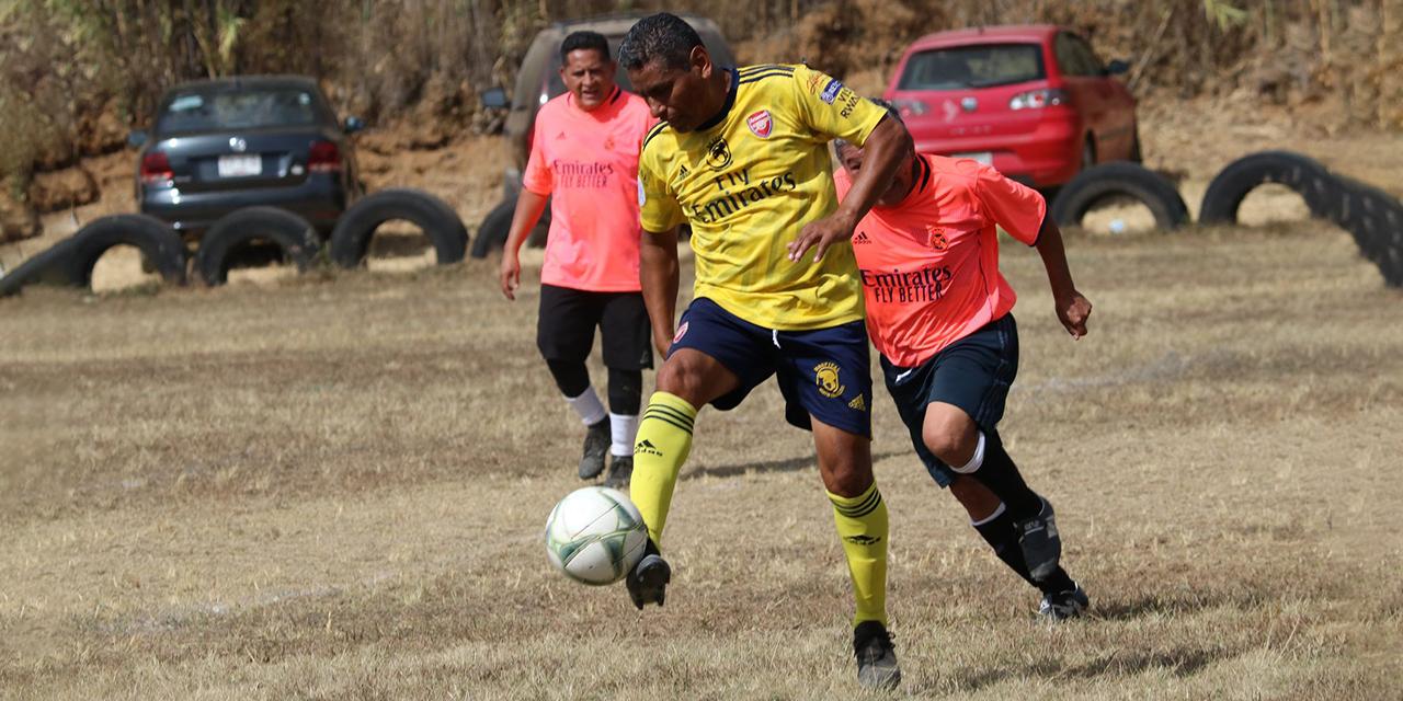 """Los """"Cachunes"""" del Club Prepa se mantienen unidos por el futbol   El Imparcial de Oaxaca"""