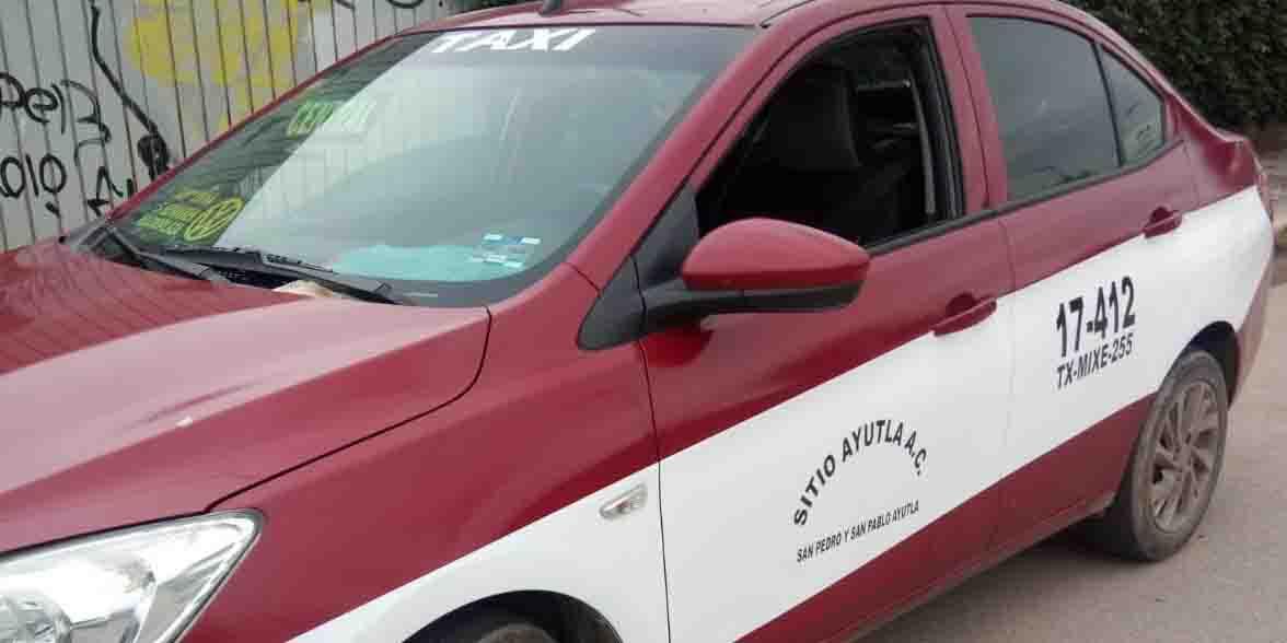 Aseguran otro taxi de Ayutla con reporte de robo | El Imparcial de Oaxaca
