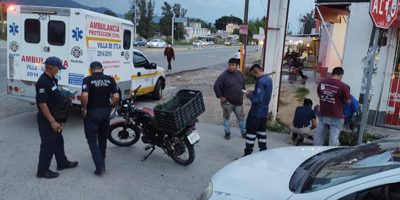 Auto choca contra moto en Villa de Etla   El Imparcial de Oaxaca