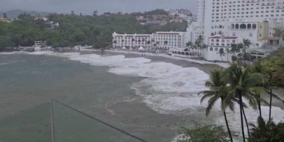Puerto de Manzanillo cerrado a causa del huracán 'Enrique', ya abren albergues | El Imparcial de Oaxaca