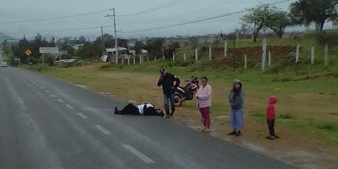 Motociclistas derrapan violentamente en carretera a Tlacolula | El Imparcial de Oaxaca