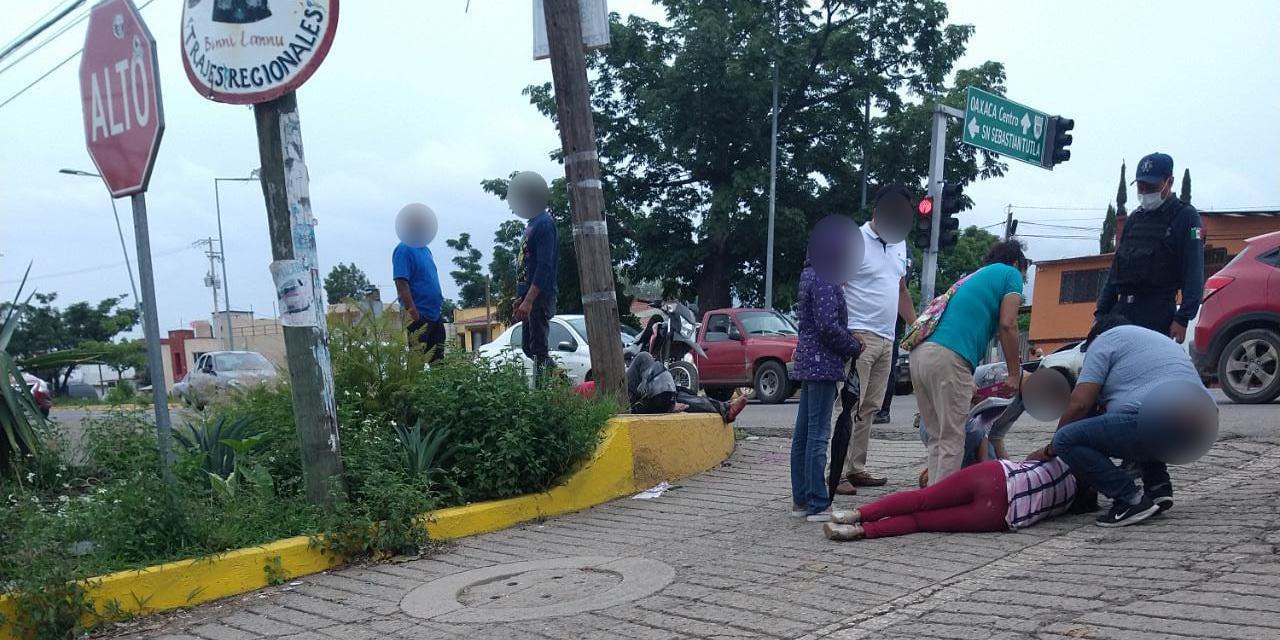 Arrollan a dos motociclistas en San Sebastián Tutla | El Imparcial de Oaxaca