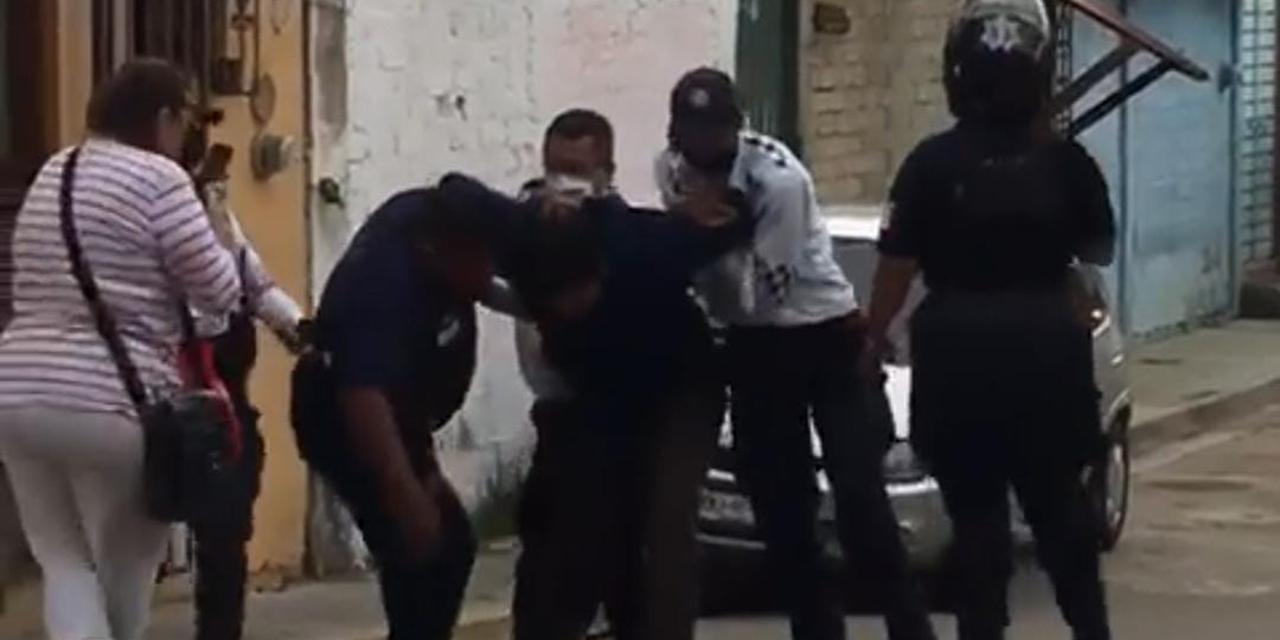 Denuncian a policías de Santa Lucía del Camino por brutalidad policiaca | El Imparcial de Oaxaca