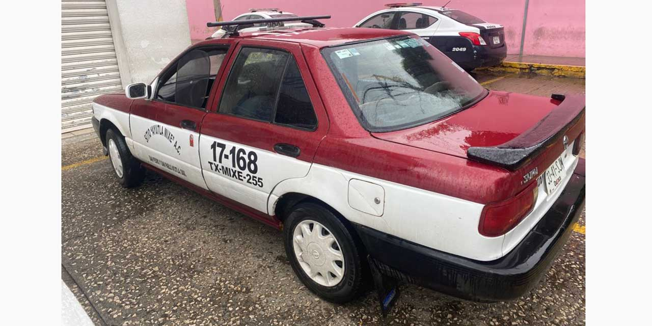 Aseguran otro taxi de Ayutla con reporte de robo   El Imparcial de Oaxaca
