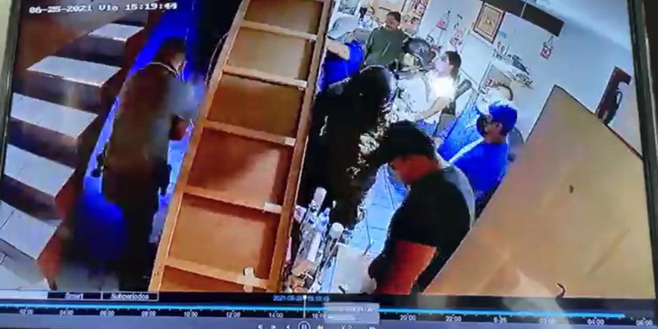 Denuncian cateo violento en domicilio de la capital oaxaqueña   El Imparcial de Oaxaca