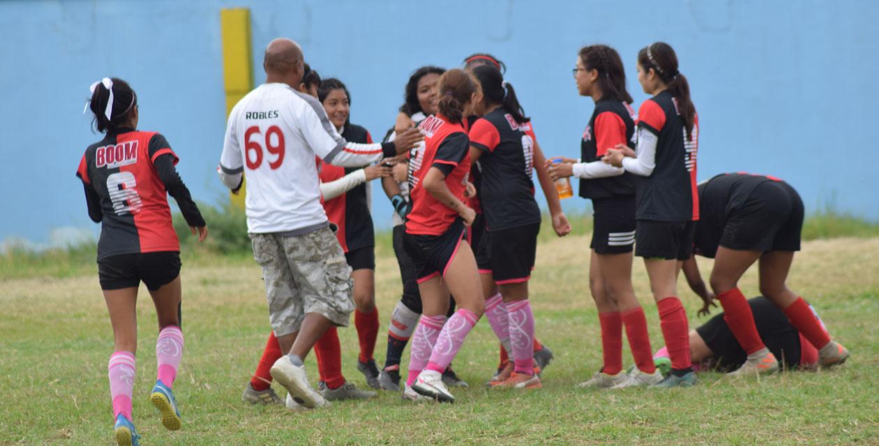 Club de Futbol Femenil Rojinegras San Juanito celebra 11 años de formación