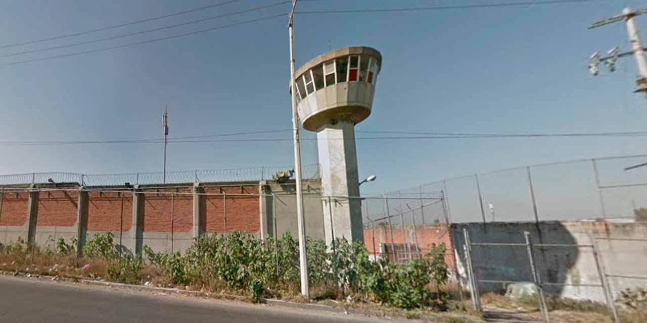 Preso escapa de reclusorio al hacerse pasar por su hermano | El Imparcial de Oaxaca