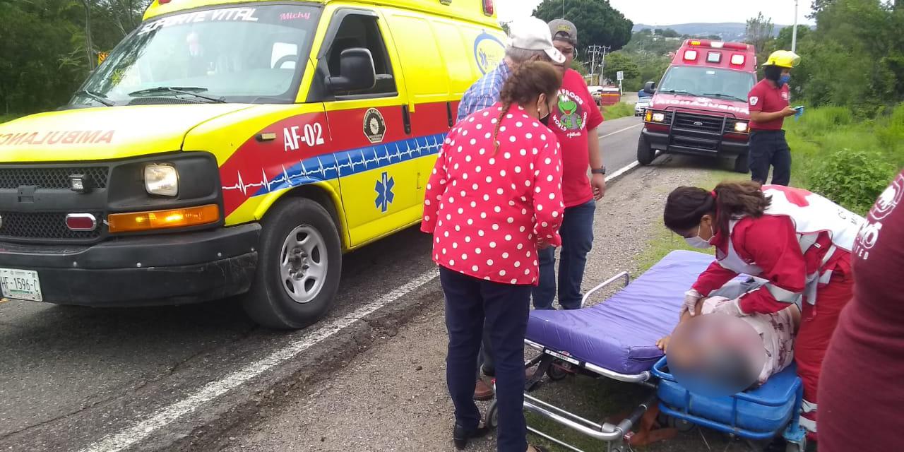 Se accidenta ambulancia de Tezoatlán; hay tres heridos   El Imparcial de Oaxaca