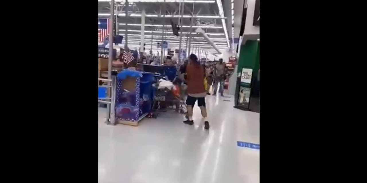 Video: Hombre que golpeó a empleado de Walmart terminó noqueado   El Imparcial de Oaxaca
